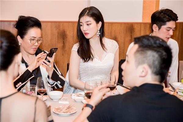 Cận cảnh nhan sắc sẽ đại diện Hàn Quốc tham dự Hoa hậu Thế giới 2016.