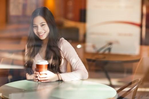 Nhiều người thích trò chuyện hoặc kết thân với bạn vì họ cảm thấy bạn thật thú vị và luôn tràn đầy sức sống mới.