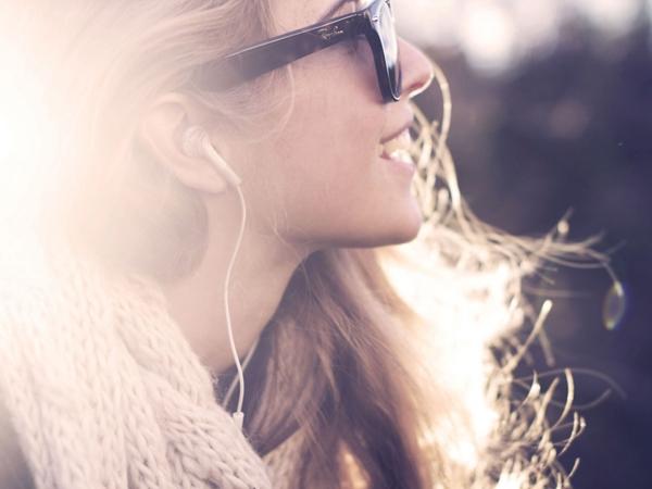 Một người con gái có thể quyến rũ theo nhiều cách nhưng phải luôn luôn là chính mình. (Ảnh: Internet)