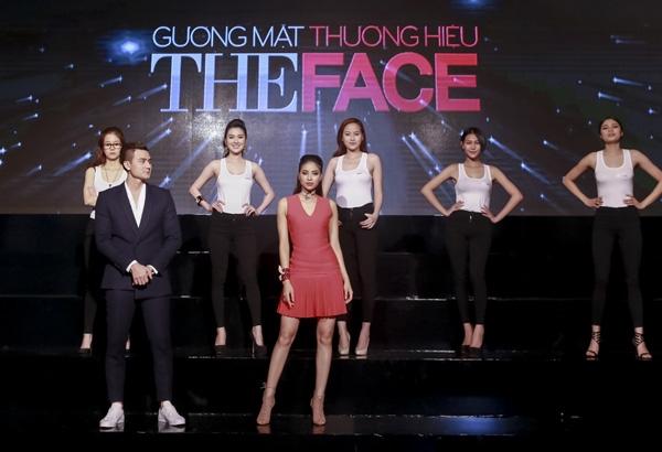 An Nguylựa chọn về đội thi củaHoa hậuPhạm Hương, cô xuất sắc lọt vào top 15 nhà chung của chương trình.(Ảnh: Internet)