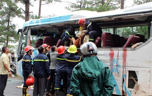 Nguyên nhân vụ tai nạn được cho là xe Lê Mỹ mất lái. Ảnh: Internet
