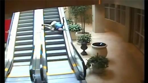 Những tai nạn khủng khiếp tại thang cuốn do camera ghi lại được