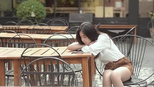 Nữ ca sĩ Việt - Thái tung MV siêu lãng mạn tại Bangkok
