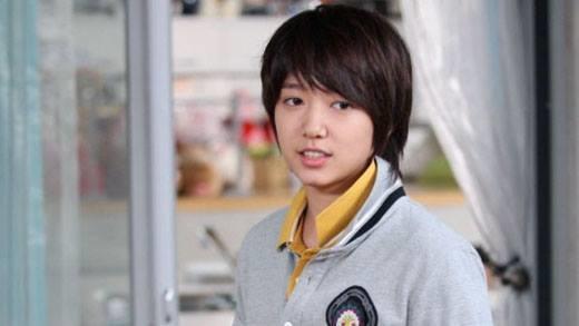 Phong cách thời trang đầy biến hoá của Park Shin Hye qua 6 phim để đời