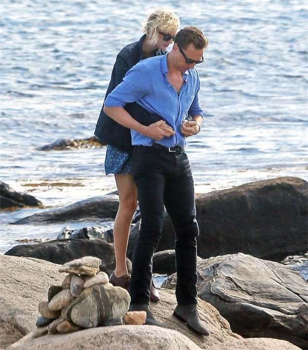 """Dù vẫn còn khá sớm nhưng Taylor đã dám khẳng định Tom chính là """"nửa kia"""" của mình. (Ảnh: Internet)"""