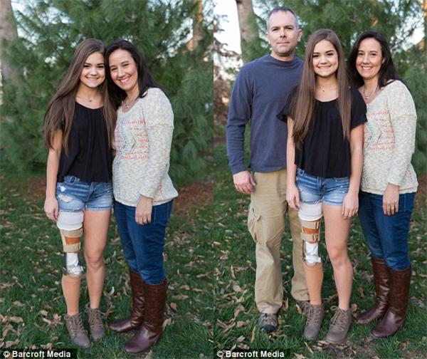 Gabi chụp cùng gia đình yêu thương của mình. (Ảnh: Internet)