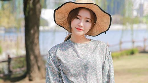 Chọn màu sắc trang phục phù hợp đánh tan nắng nóng mùa hè