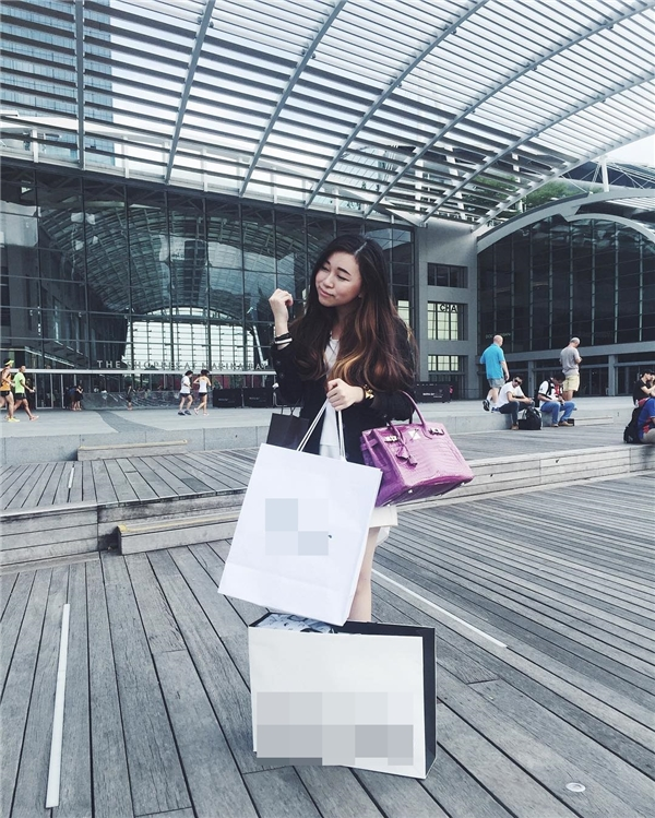 Cô nàng có nickname June Chean là người Thái gốc Việt, hiện đang sinh sống tại Thái Lan. (Ảnh: Instagram @junecheann_)