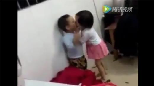 Cười đau bụng với những đứa trẻ
