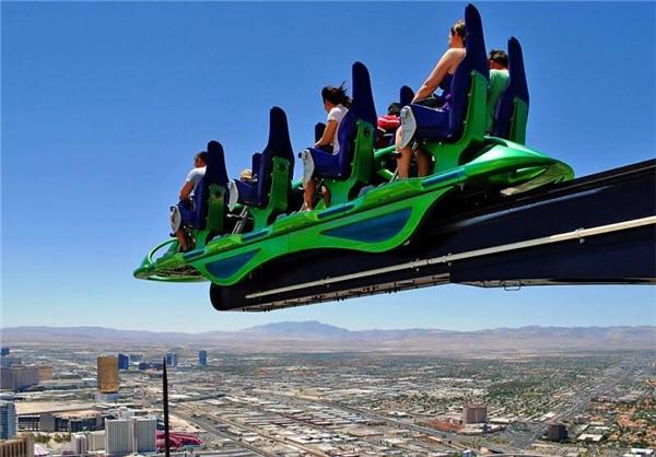Las Vegas Strip's X-Scream với chiếc đu quay cảm giác mạnh trên nóc nhà cao hơn 350m. (Ảnh: Internet)