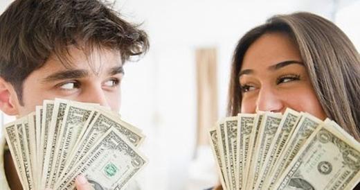 Tiền bạc vô cùng sòng phẳng. (Ảnh: Internet)