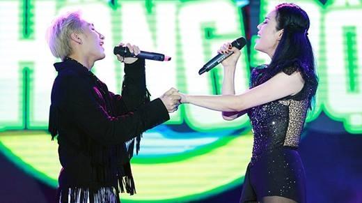 Sơn Tùng bất ngờ đệm beatbox cho Thu Phương hát