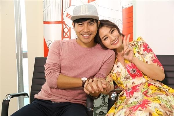 Ngọc Lan - Thanh Bình đang là một trong những cặp đôi được quan tâm nhất nhì showbiz Việt. Từng trải qua nhiều cuộc tình và gặp phải không ít sóng gió, Ngọc Lan và Thanh Bình đã đến với nhau.