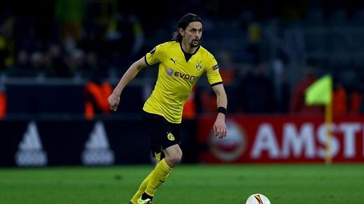 Subotic và Hummels đều lần lượt rời bỏ Dortmund