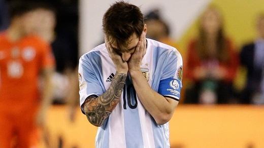 Lionel Messi quyết định từ giã đội tuyển quốc gia