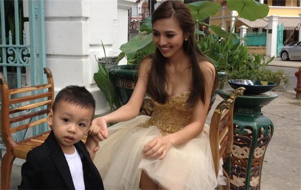 Hình ảnh hiếm hoi của Huỳnh Thanh Tuyền và cậu con trai cả Minh Khôi - Tin sao Viet - Tin tuc sao Viet - Scandal sao Viet - Tin tuc cua Sao - Tin cua Sao