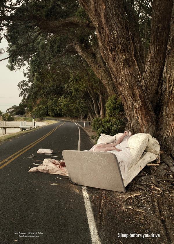 Bạn có thể chết trong mơ nếu bạn mơ trong khi đang lái xe. Hãy ngủ đủ giấc trước khi lái.