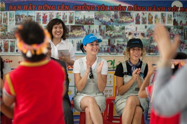 Tâm thư về Việt Nam gây xúc động mạnh của Katy Perry