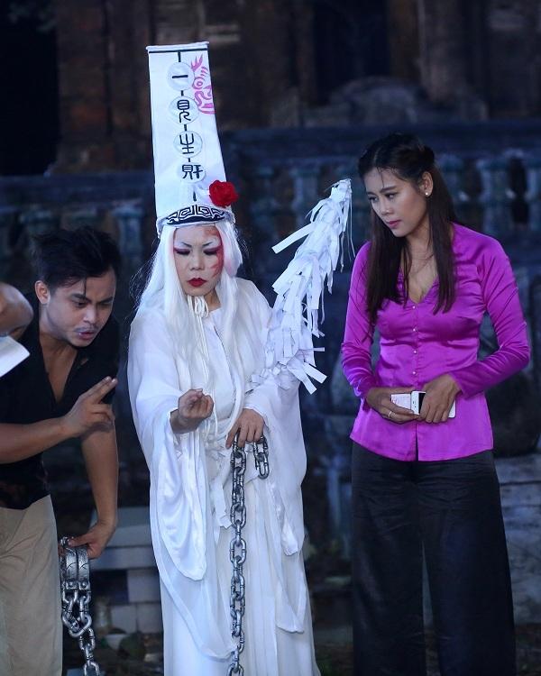 Đây có thể nói là một trong những vai diễn vô cùng đặc biệt của Việt Hương.