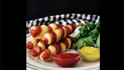 Tạm biệt khoai tây, bây giờ là thời của xúc xích lốc xoáy