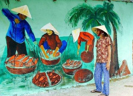 Cuộc sống buôn bán của người dân làng chài.