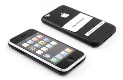Mẫu thiết kế này lại làm chúng ta gợi nhớ nhiều về mẫu iPod của Apple