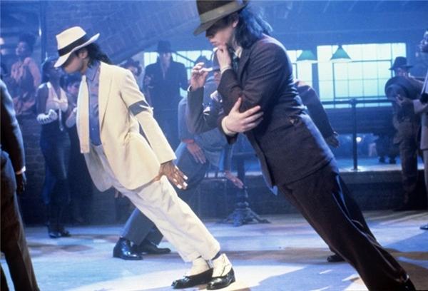 Điệu nhảy làm say lòng bao người hâm mộ.