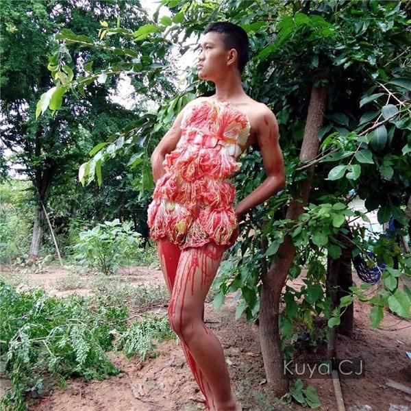 Trang phục kim chi cải thảo vừa có tác dụng làm đẹp da vừa tiện dụng khi đói bụng.