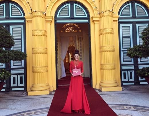Doanh nhân Phương Suri nổi bật tại Diễn đàn doanh nghiệp Việt - Tin sao Viet - Tin tuc sao Viet - Scandal sao Viet - Tin tuc cua Sao - Tin cua Sao