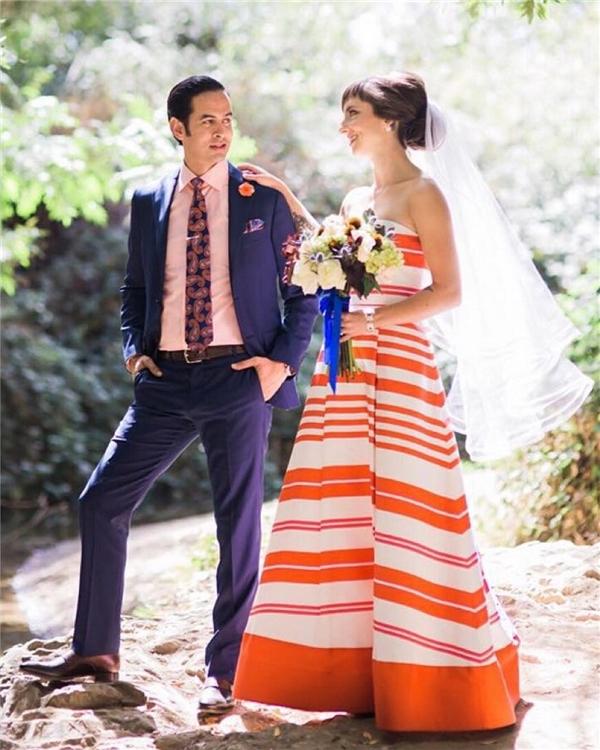 Trông cô dâu này cứ như vừa đi nghỉ hè ở Hawaii về!(Ảnh: Instagram)