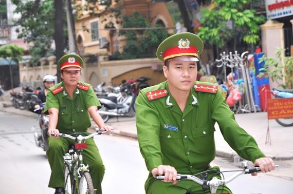 Hình ảnh đẹp về chiến sĩ công an nhân dân. Ảnh: Internet