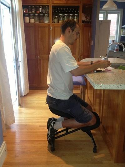 Thế là anh đã phát minh ra một chiếc ghế cho riêng mình.