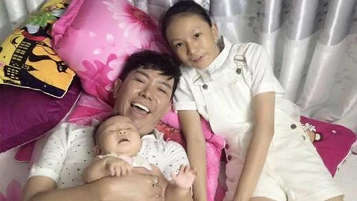 Đây là lần đầu tiên Long Nhật khoẻ ảnh con gái thứ 4