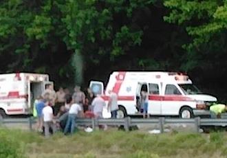Một người đàn ông lái xe môtô đã bị thương nặng và nạn nhân đã chết trên đường đưa đến bệnh viện.