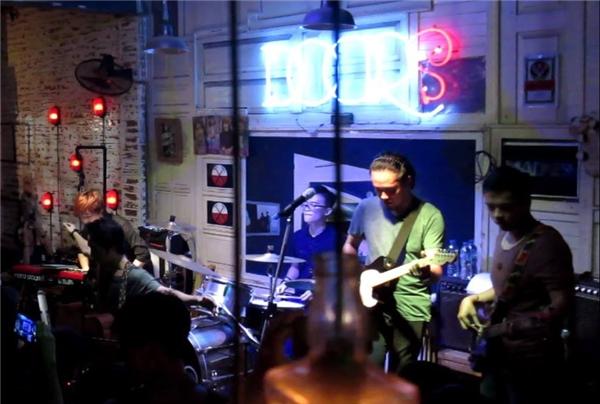 The Hotplay,ban nhạc nổi tiếng với các bản cover của Coldplay.