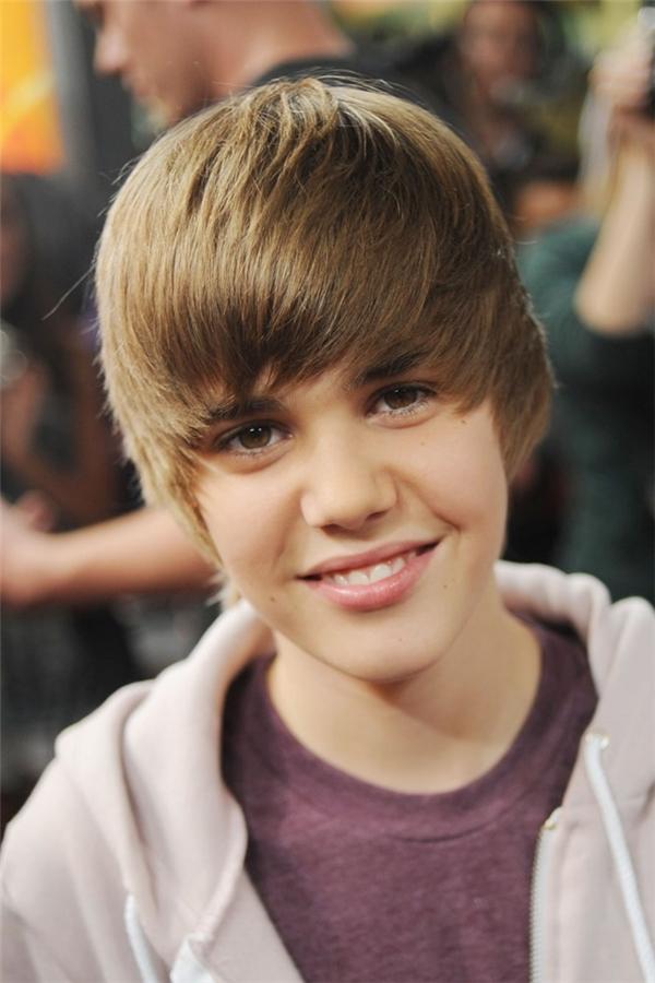 Hành trình lột xác của Justin Bieber qua các kiểu tóc