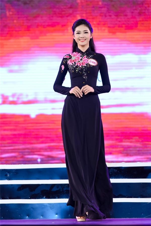 323 - Ngô Thanh Thanh Tú - Hà Nội