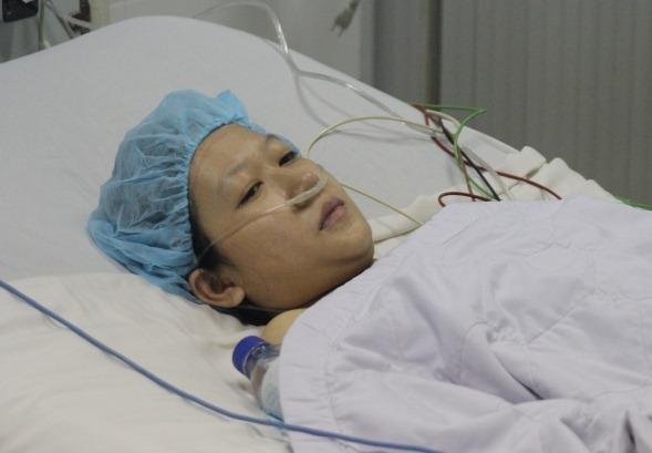 Sức khỏe Linh Huệ sau ca sinh mổ bị suy giảm nặng nề.