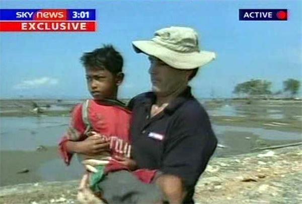 Hình ảnh Martunis khi được phát hiện 21 ngày sau cơn sóng thần. (Ảnh: Independent)