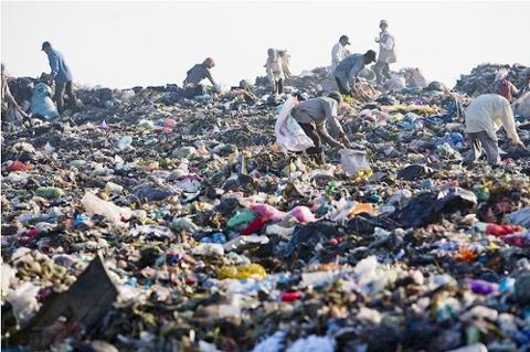 Áp lực lớn để giải quyết vấn đề môi trường.