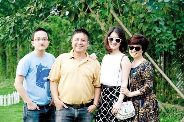 Gia đình đầm ấm của NSƯT Chí Trung. - Tin sao Viet - Tin tuc sao Viet - Scandal sao Viet - Tin tuc cua Sao - Tin cua Sao