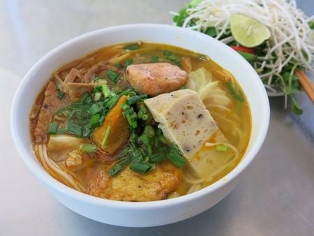 Ẩm thực Đà Nẵng - Những món ăn sáng ngon - bổ - rẻ chỉ có ở Đà Nẵng