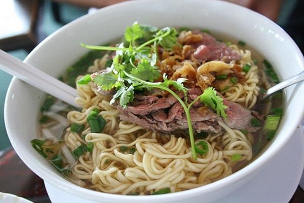 Giật mình 10 món ăn ai cũng từng mê mẩn lại gây ung thư dạ dày