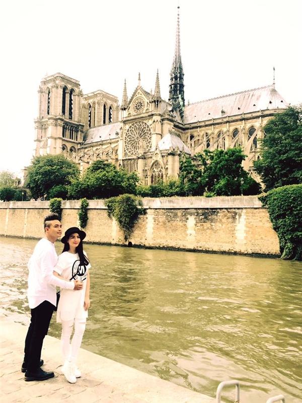 Khoảnh khắc ngọt ngào nơi trời Âu của vợ chồng Thanh Duy và Kha Ly