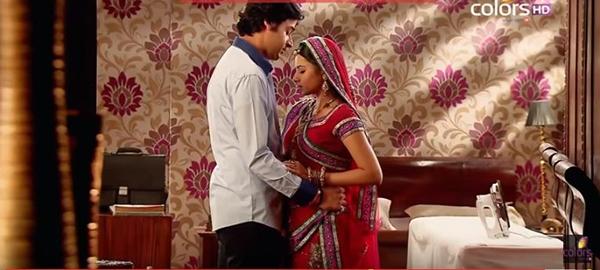Jagdish kết hôn với Ganga.