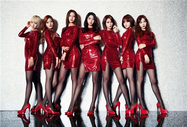 AOA nổi đình đám với bản hit Miniskirt. (Ảnh: Internet)