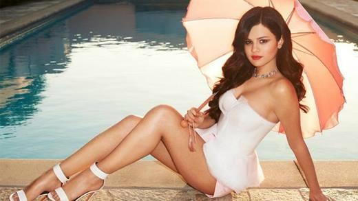 Selena Gomez và 10 năm lột xác trở thành mĩ nhân đẹp nhất thế giới