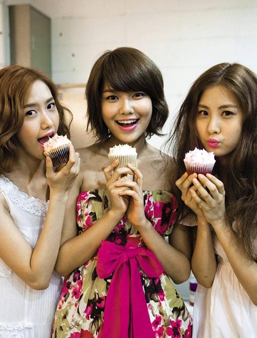 Sooyoung cực kì thích đồ ăn.