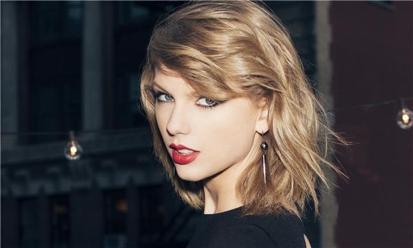 Taylor luôn biết cách làm mới mình.