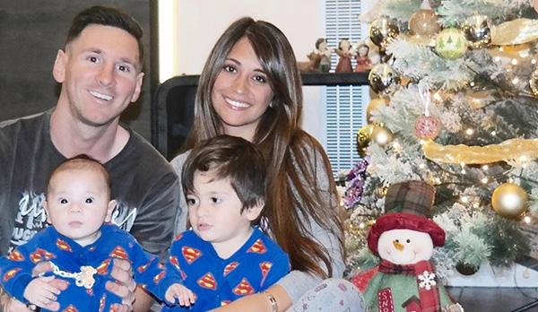 Hiện nay, Messi và Antonella đã là gia đình có 4 người